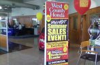 Retractable stand and banner